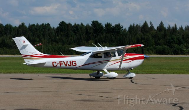Cessna Skylane (C-FVJG)