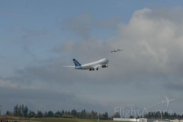 BOEING 747-8 (N747EX)