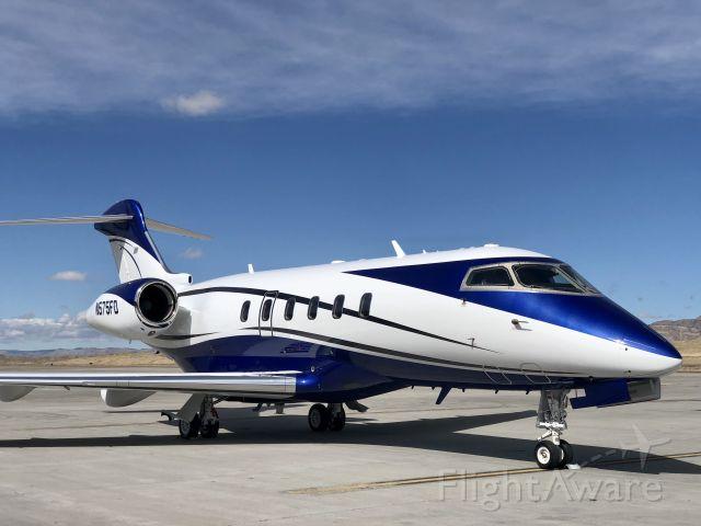 Bombardier Challenger 300 (N575FD)