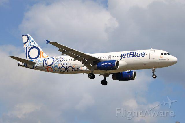 Airbus A320 (N569JB) - 10th Anniversary
