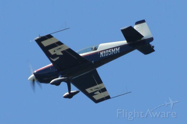 EXTRA EA-300 (N105MM) - Over Mercer Island, WA