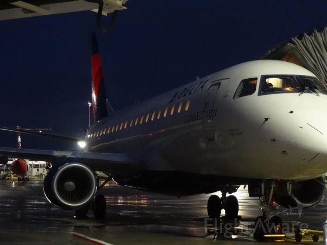 Embraer 175 (N639CZ) - Preparing for an evening departure to Salt Lake City in 2014