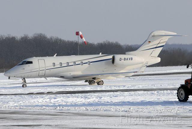 Bombardier Challenger 300 (D-BAVB)