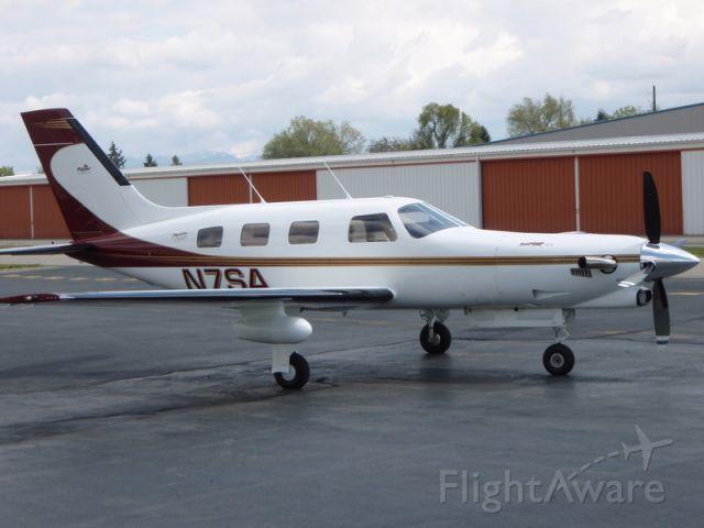 Piper Navajo (N7SA) - TBM 700 C2
