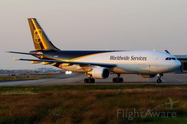 Airbus A300F4-600 (N137UP) - 10/6/2020