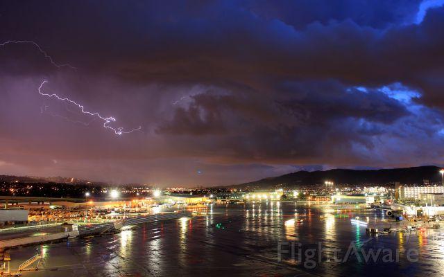 — — - Very rare for SFO to get lightning!