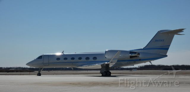 Gulfstream Aerospace Gulfstream IV (N451KR) - Catching some tarmac time is this 2001 Gulfstream GIV-SP in the Winter of 2021.