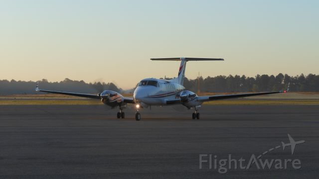 Beechcraft Super King Air 200 (N771MG)