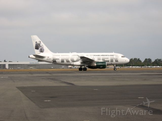 Airbus A319 (N939FR) - Taxiing to gate after landing