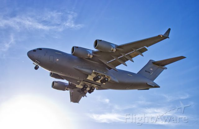 """Boeing Globemaster III (N272ZD) - """"White Tail"""" Boeing C-17A N272ZD on approach to KLGB following a test flight."""