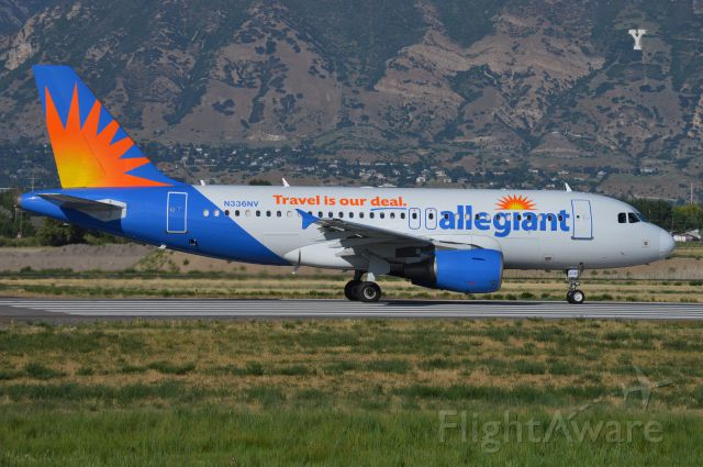 Airbus A319 (N336NV) - AAY133 lining up on 13 for departure to KIWA/IWA.