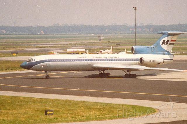 HA-LCH — - Malev TU-154 (sep-81)