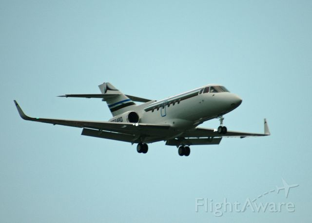 Raytheon Hawker 800 (N934RD) - Raytheon Hawker 800XP (Serial: 258296) coming in for a landing at Peterborough Airport (August 24, 2018)