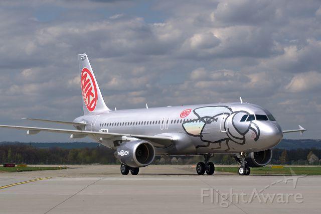 Airbus A320 (SP-IAI)