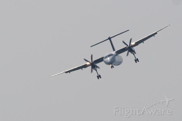 de Havilland Dash 8-100 (C-GLQE)
