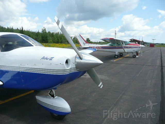 Cessna Skylane (N21490)