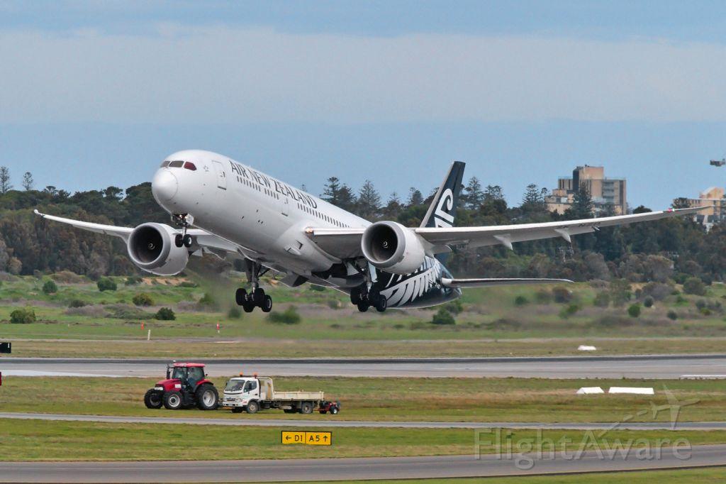 Boeing 787-9 Dreamliner (ZK-NZD) - Departing runway 05, Adelaide, South Australia July 22, 2019.