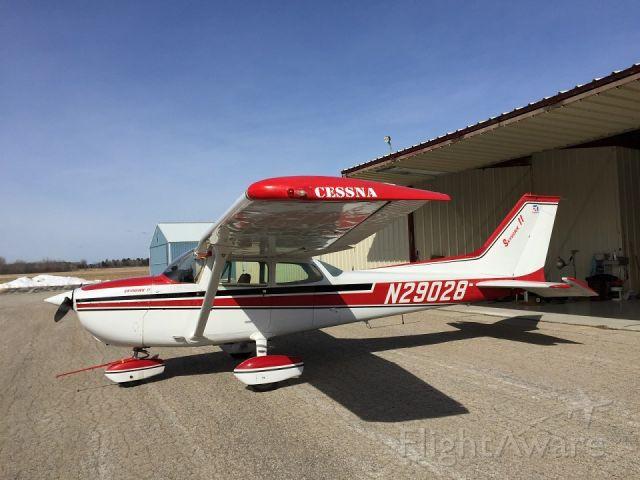 Cessna Skyhawk (N29028)