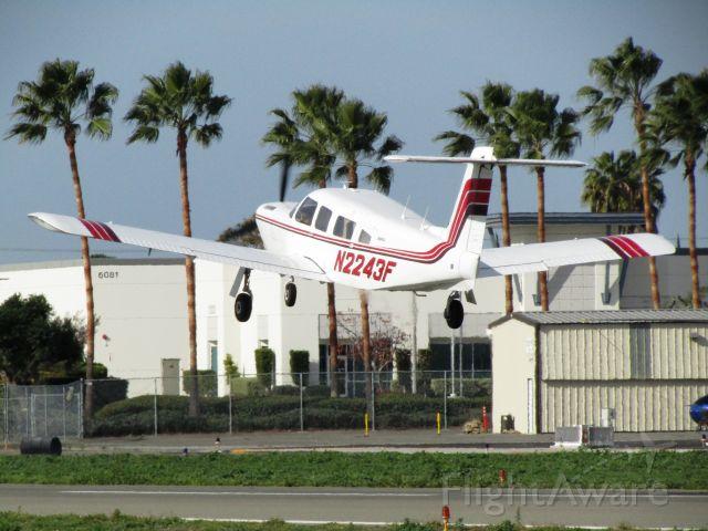 Piper Lance 2 (N2243F) - Taking off RWY 24
