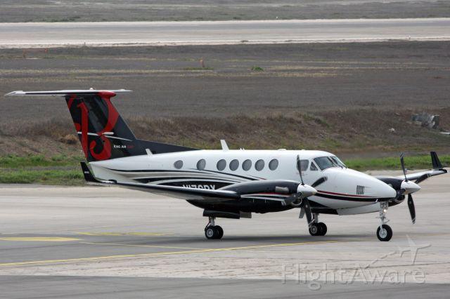 Beechcraft Super King Air 200 (N176BY)