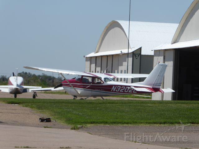Cessna Skyhawk (N3202L)