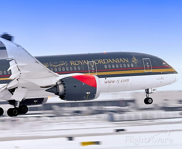 Boeing 787-8 (JY-BAH) - Royal Jordanian 267 speeding past the tower at Detroit Metropolitan International Airport on the 22R approach with the 787.<br />2/27/2020