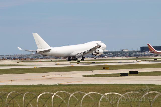 Boeing 747-400 (N404KZ) - Unpainted B747-400 from Anchorage performing GTI7832. landing on 10C