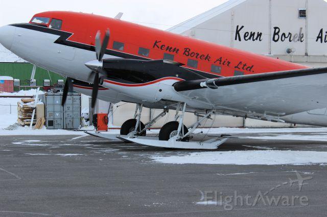 Douglas DC-3 (turbine) (C-GJKB) - DC3 ON SKIES