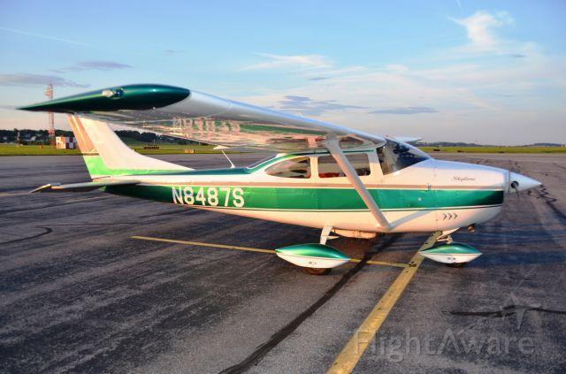 Cessna Skylane (N8487S) - Parked at Lancaster, PA for diner.