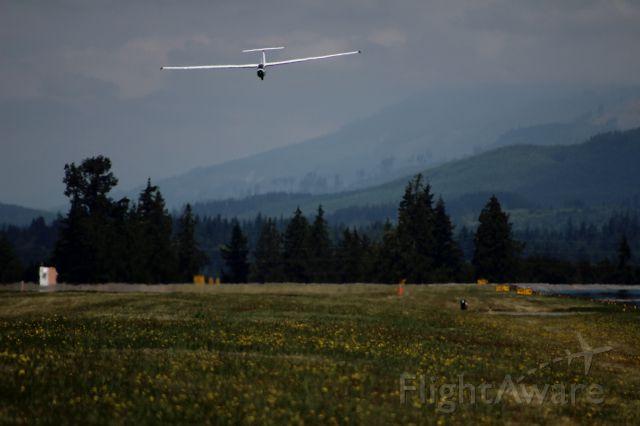N265BA — - L-23 Super Blanik landing on grass runway 16