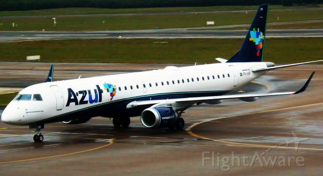 Embraer ERJ-190 (PR-AXR)