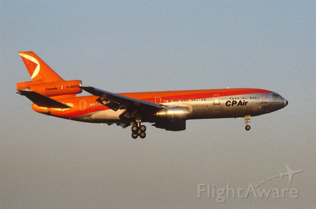 McDonnell Douglas DC-10 (C-GCPI) - Final Approach to Narita Intl Airport Rwy16 on 1986/04/13