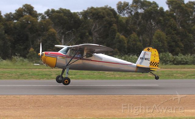 """Cessna 140 (VH-WKG) - Cessna 140, """"Xena""""br /Manufactured in 1948, USAbr /Photo: 08.11.2009"""