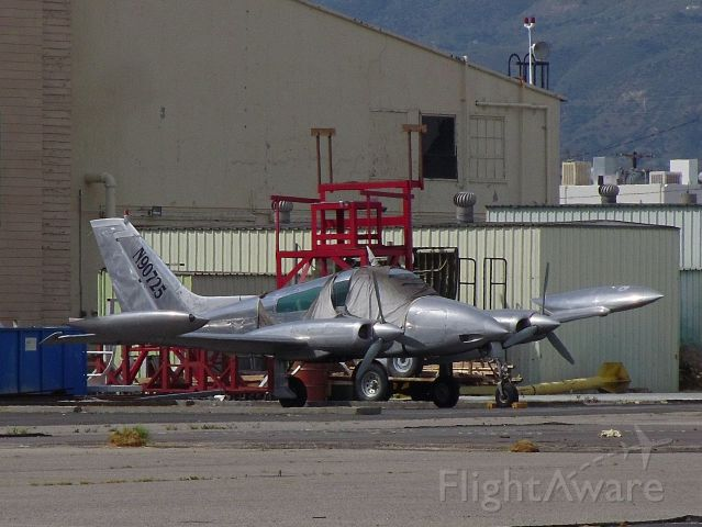Cessna 310 (N90725) - Standing outside the fence on Woodley Ave. across from the Flyaway Terminal. I drive by here all the time and wondered what kind of airplane is THAT!? Looks pretty cool, almost reminds me of some kind of fighter jet or something. ;-) I looked up the tail numbers and ended up on here. (I took the picture zoomed in so I could read the numbers. Eyesight aint what it used to be!) Hopefully it is up for restoration? Last flown 13 years ago from KLAS!? ;-( ( a rel=nofollow href=http://flightaware.com/live/flight/N90725http://flightaware.com/live/flight/N90725/a )
