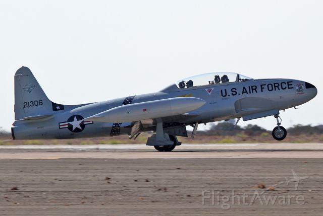 Lockheed T-33 Shooting Star (N933GC) - Landing.