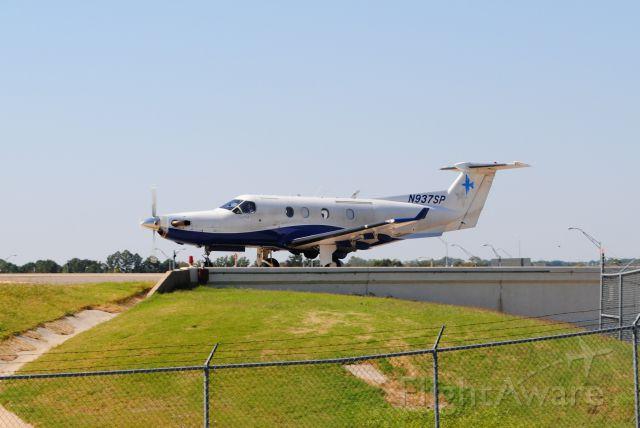 Pilatus PC-12 (N937SP)