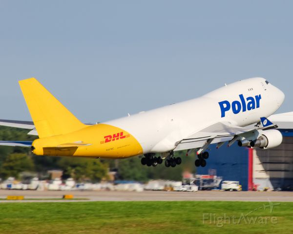 Boeing 747-400 (N487MC) - A Polar Air Cargo 747 departs CVG.