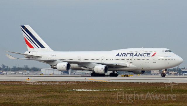 Boeing 747-200 (F-GISD) - Imaged on 1/13/12