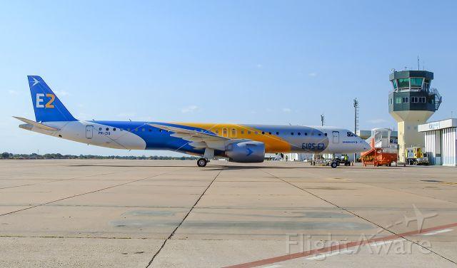 EMBRAER ERJ-190-400 (PR-ZIQ) - PR-ZIQ - Embraer E195-E2