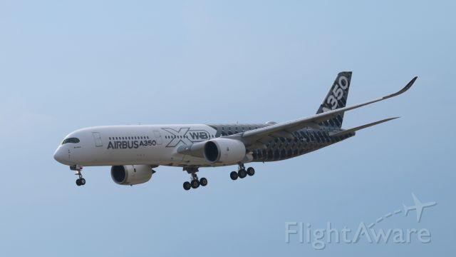 Airbus A350-900 (F-WWCF)