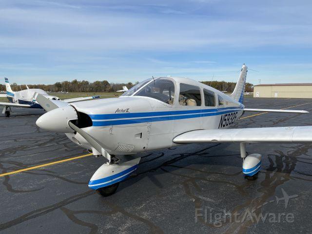 Piper Cherokee (N5932F)