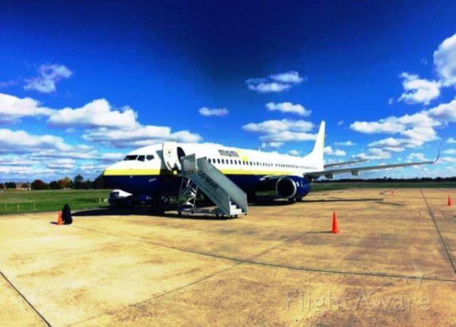 Boeing 737-800 — - Miami Air Boeing 737-800