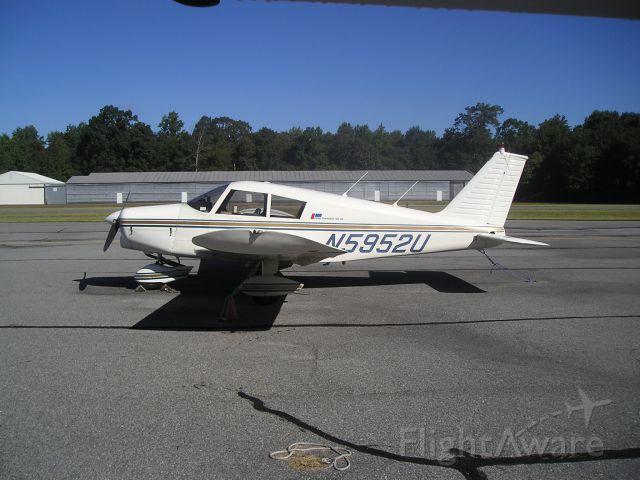 Piper Cherokee (N5952U)