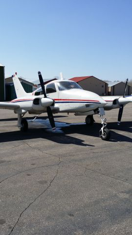 Cessna 310 (N2282F) - Nice spring day on the ramp