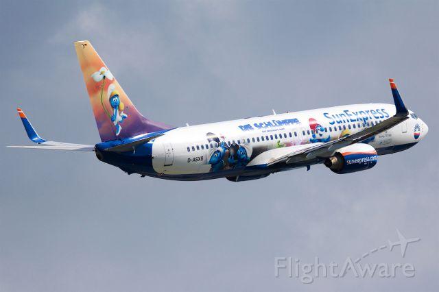 Boeing 737-700 (D-ASXB)