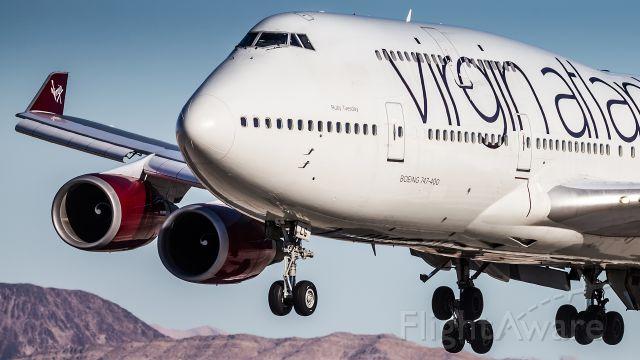Boeing 747-400 (G-VXLG)