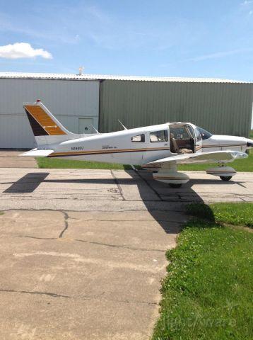 Piper Cherokee (N2460U)