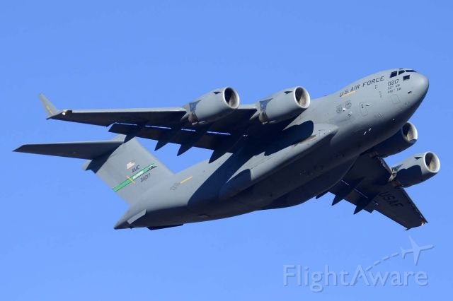 Boeing Globemaster III (10-0217) - Boeing C-17A Globemaster 3 10-0217 of the 62nd Airlift Wing based at McChord Air Force Base, Washington departed from Phoenix Sky Harbor International Airport on the morning of January 5, 2015.