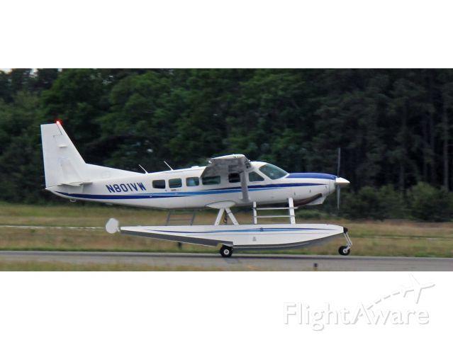 Cessna Caravan (N801VW) - Take off RW28.