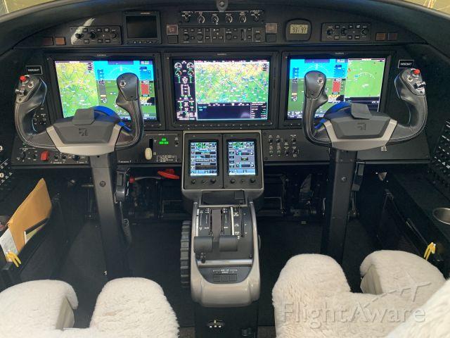 Cessna Citation M2 (N883MT)